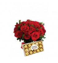 Buquê 24 Rosas com Ferrero
